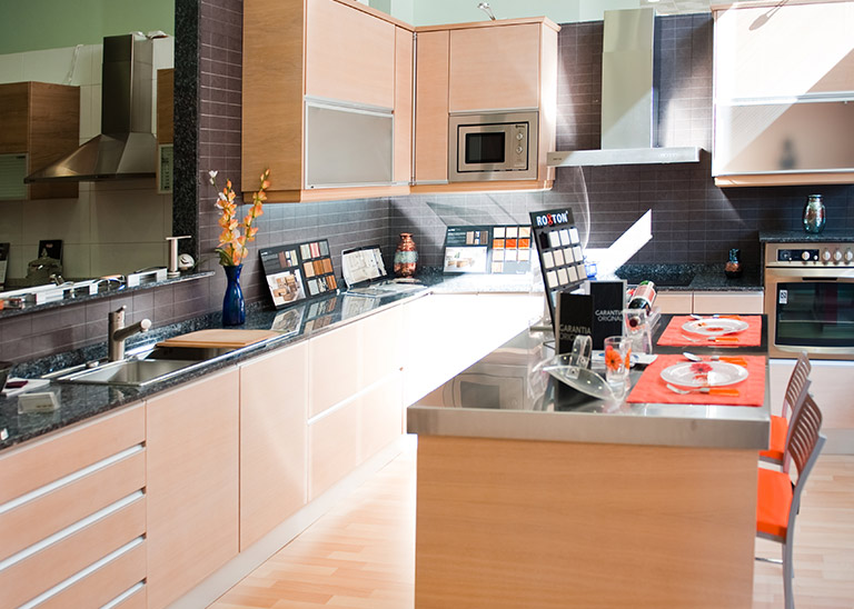 Muebles de cocina en alicante idea creativa della casa e for Jefe de cocina alicante